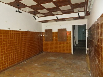 LOCAL COMMERCIAL A VENDRE - BRIANCON - 46 m2 - RÉALISÉ