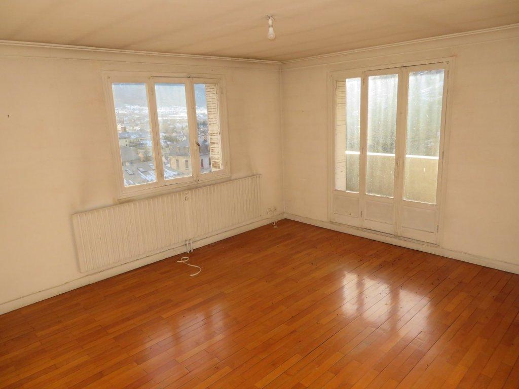 APPARTEMENT T5 A VENDRE - BRIANCON - 110 m2 - 241500 €